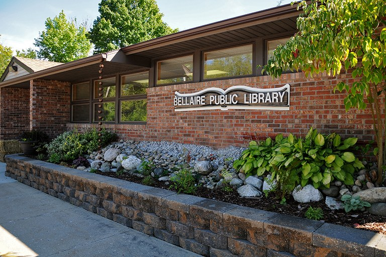 Bellaire Public Library full image